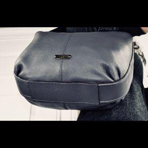 💥New, COACH Avery Hobo Handbag in Gray/Slate